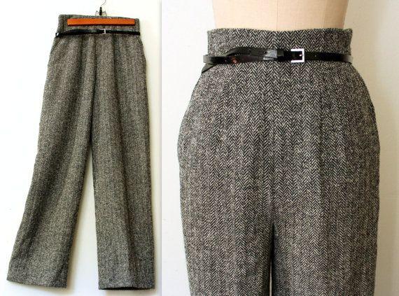 Vintage MONDI Wool Shorts High Waist Tweed Alpaca Pleated Dress Shorts Gauchos Culottes Womens XXS 24W