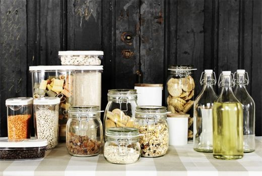 As well as sealing in the taste, our food storage containers keep everything tidy and easier to find, so you can concentrate on the cooking.