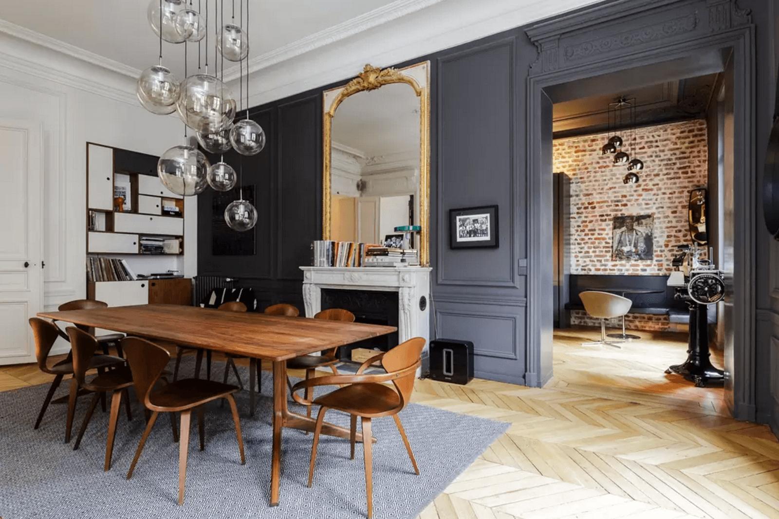 Formteile und dunkle Farben  Inspirationen  Wohnungen in