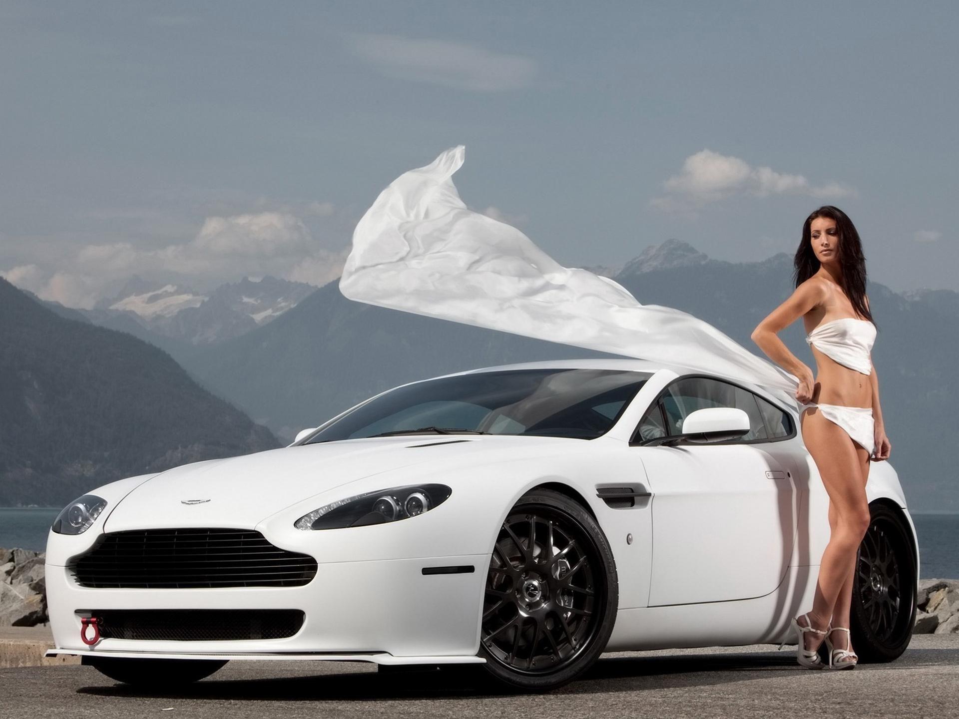Aston Martin Vanquish Aston Martins Com Aston Martin Vanquish