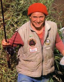 John Sidley der englische Aal-Experte am Severn.    John Sidley, der wohl beste englische Aal-Experte, erklärt seine speziellen Angelmethoden und zeigt, warum er mehr kapitale Aale fängt als jeder andere.  Der Severn gehört zu den berühmtesten Flüssen in Großbritannien. Aale zählen dort allerdings nicht gerade zu den beliebtesten Fischen. John Sidley jedoch fischt am Severn nur auf Aale.   http://www.angelstunde.de/john-sidley/