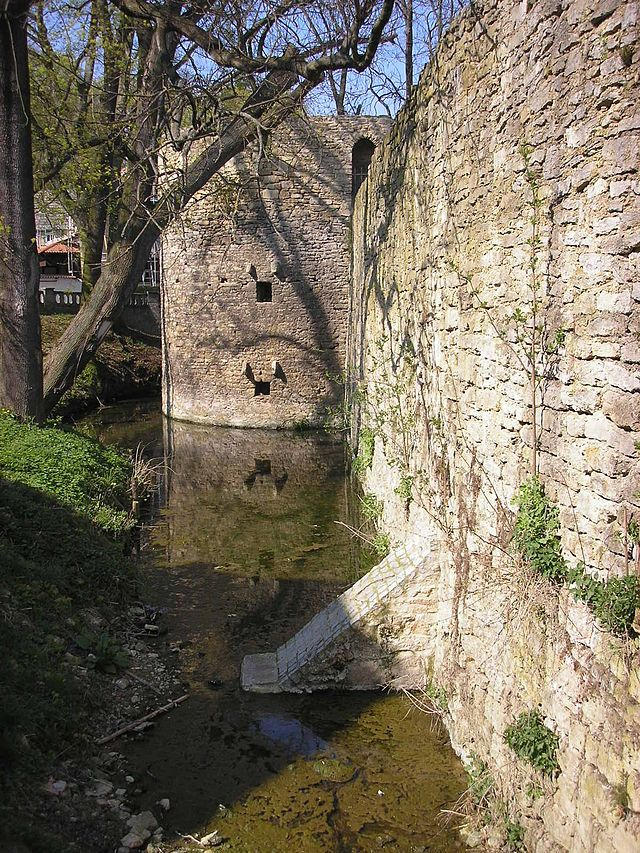 Wasserburg Schkölen