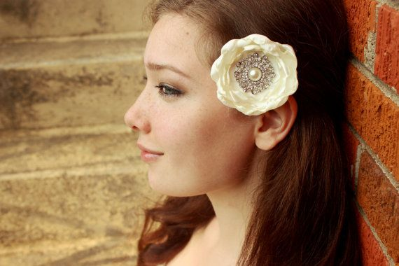 Vintage Wedding Hair Flower Bridal Hairpiece Ivory Accessories For Bride Piece Bling Clip