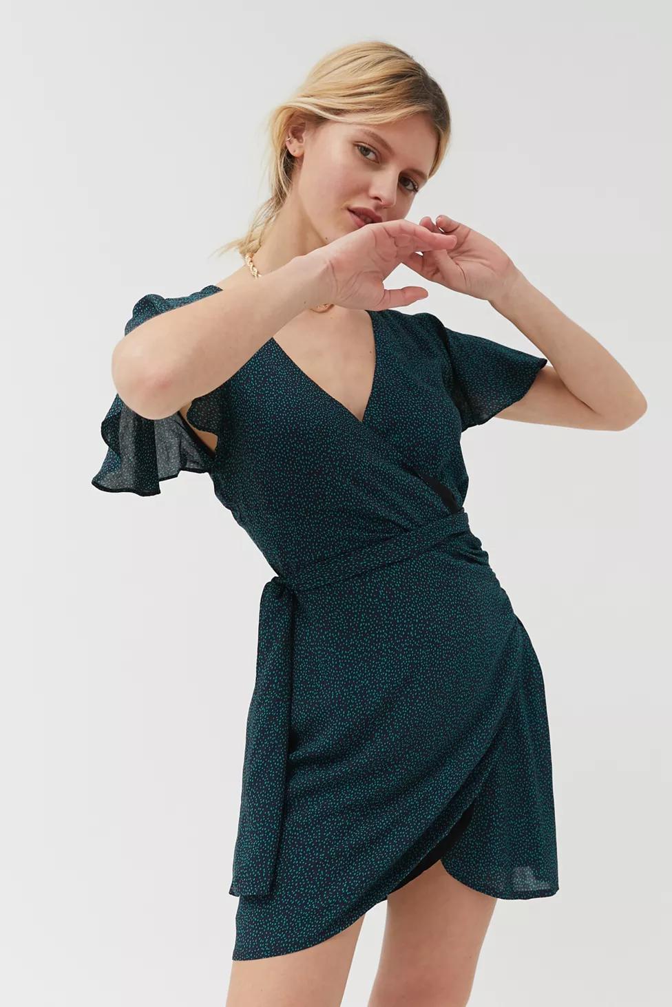 Dress Forum Surplice Wrap Dress Surplice Wrap Dress Wrap Dress Womens Midi Dresses [ 1463 x 976 Pixel ]