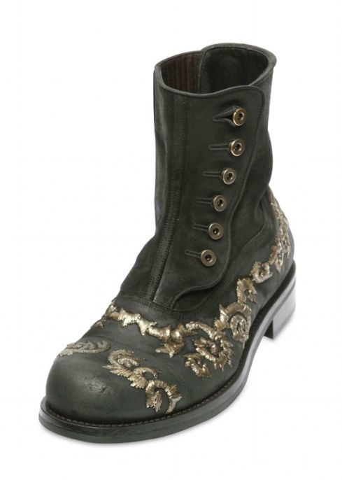 32f3828d92e46 Men s Embroidered Leather Boots from Dolce   Gabbana F W 2012-2013  Collection   Get Inspired   Chaussure, Vêtements homme, Vetements