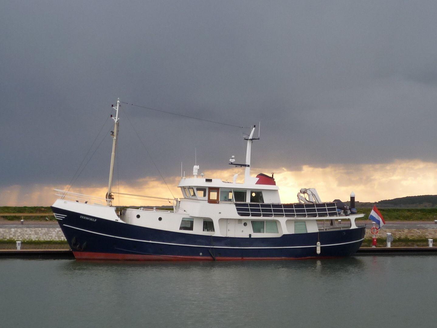 Trawler Yachts Used Trawler Yachts For Sale Vehigle