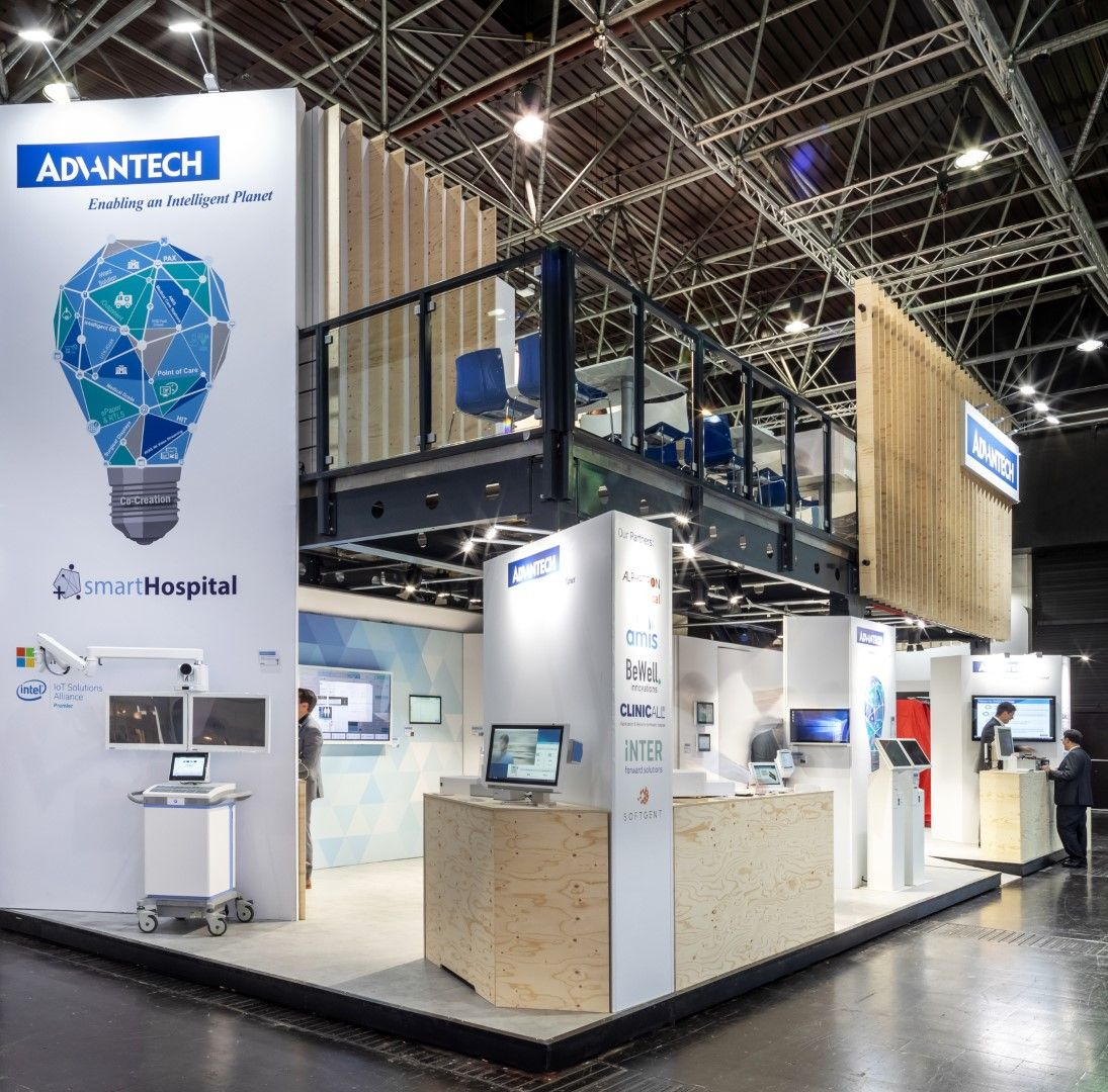 Advantech Exhibition Stand at Medica fair in Dusseldorf 2019 - stand build by Cialona Expo #tradefair #booth #exhibitiondesign #stand #exhibition #opbouw #standbouw #standdesign #exhibitionstand #design #boothdesign #storeinterior #showroom #experiencecenter #advantech
