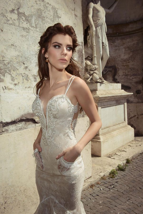 Deep v neck wedding dress by Julie Vino wedding dresses 2017 | I take you #weddingdress #weddinggown