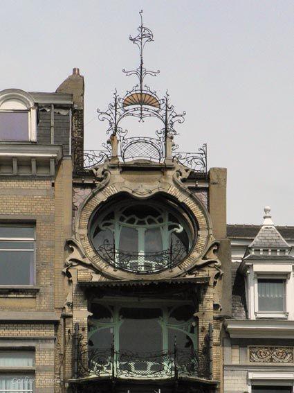 Bruxelles square ambiorix maison de georges saint cyr for Maison deco belgique