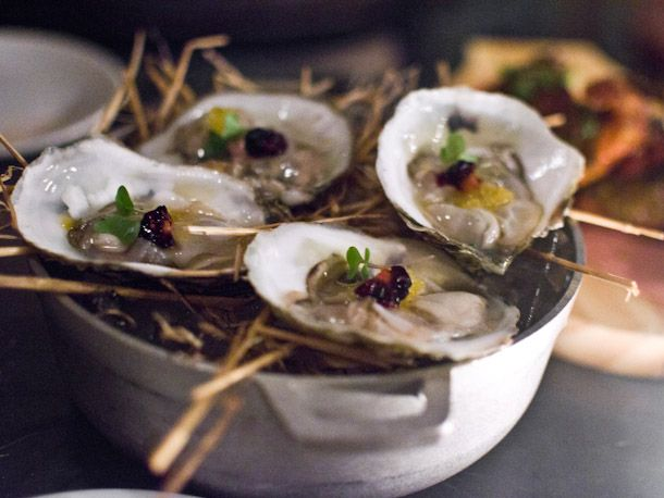 How long do asian oysters live