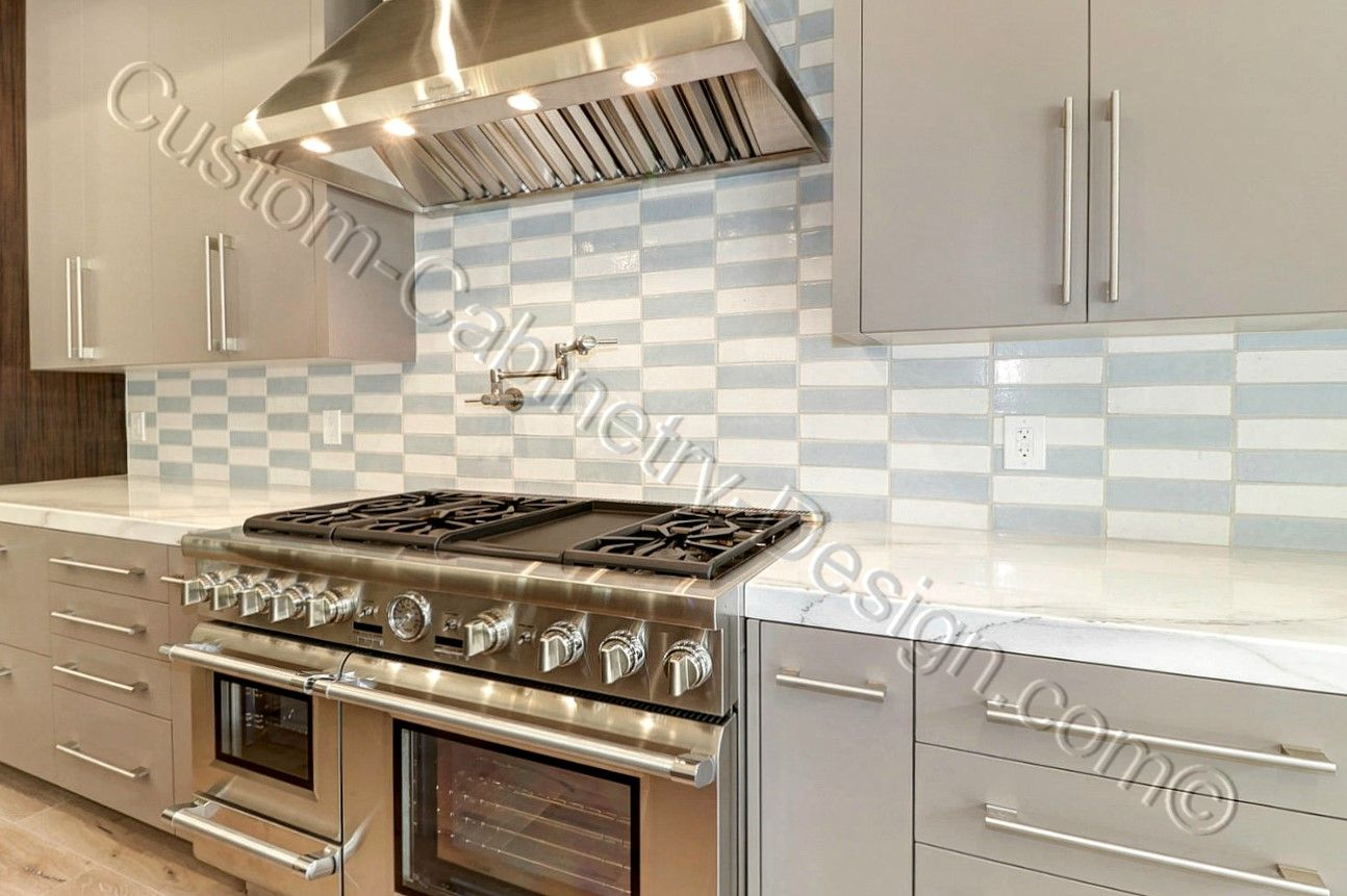 Modern Frameless Kitchen Cabinets And Stove Kitchen Cabinets For Sale Kitchen Cabinets Kitchen Cabinet Remodel