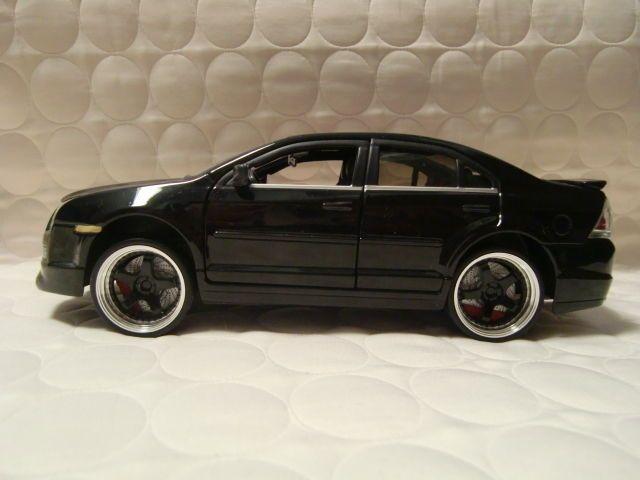 Jada Toys 2006 Ford Fusion Sel V6 Scale 1 24 Black