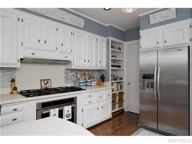 90 Jewett Pkwy Buffalo Ny 14214 For Sale Home Next At Home Kitchen