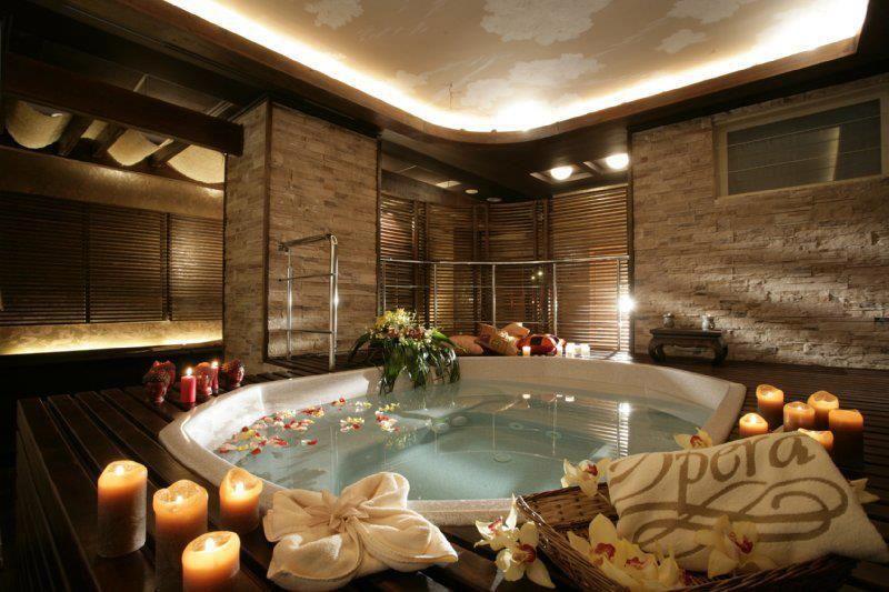 candles roses and a bath romantic scenes pinterest. Black Bedroom Furniture Sets. Home Design Ideas