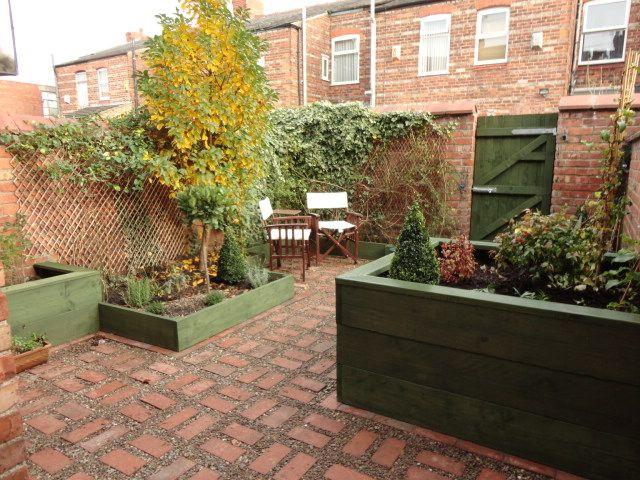image result for uk backyard garden design ideas - Courtyard Garden Ideas Uk