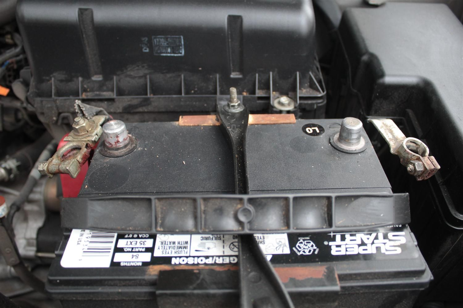 How to Clean Car Battery Terminals With Baking Soda Car
