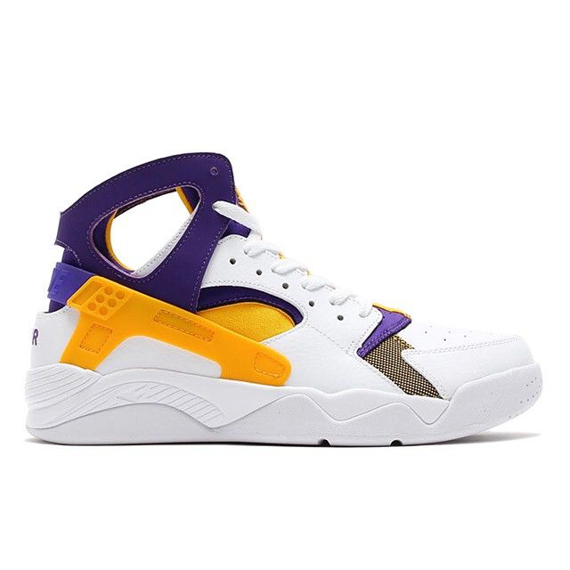 Remember when Kobe wore this Air Flight Huarache before signing with Nike?  Check these out in the Nike Huarache category on SneakerNews.com