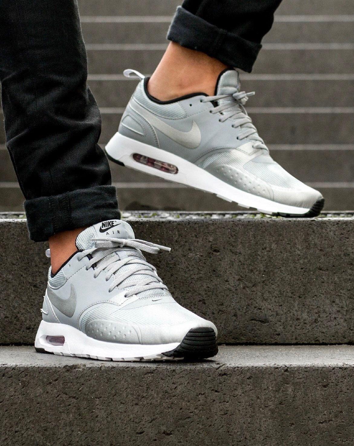 Nike Air Max Tavas: Silver Sneakers: Nike Air Max in 2019  Sneakers: Nike Air Max in 2019