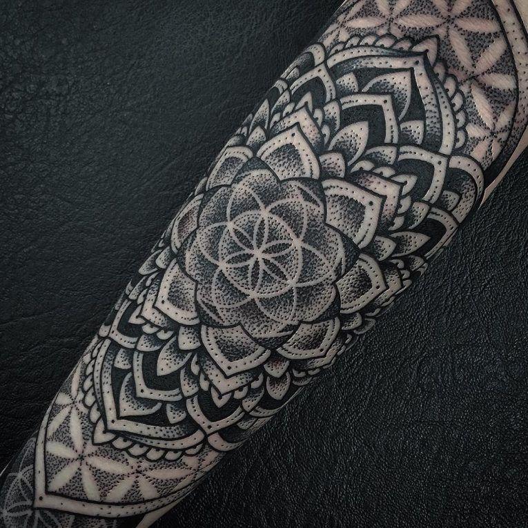 105+ Cool Flower of Life Tattoo Ideas The Geometric