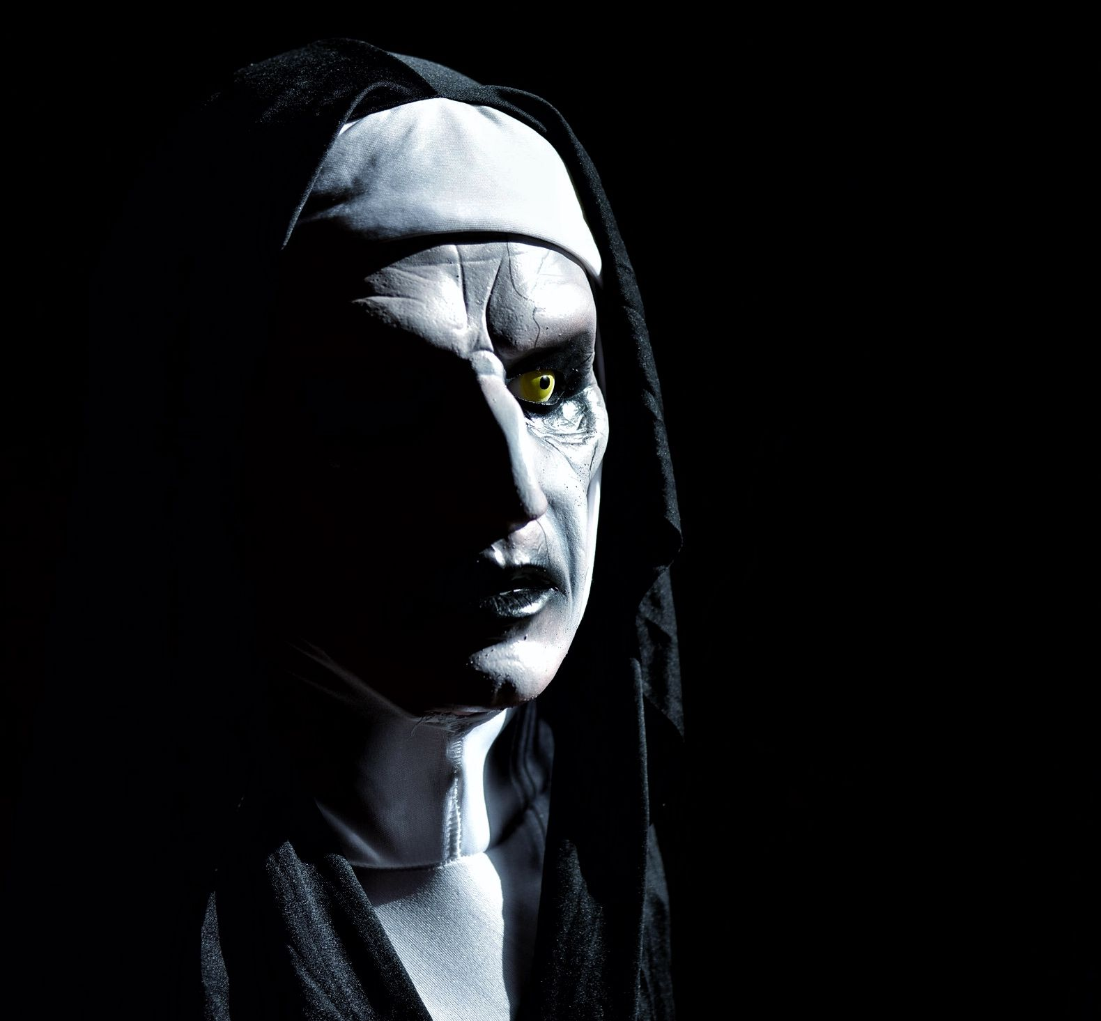Valak Halloween mask from the Conjuring 2. Mask sculpted by Scott ...