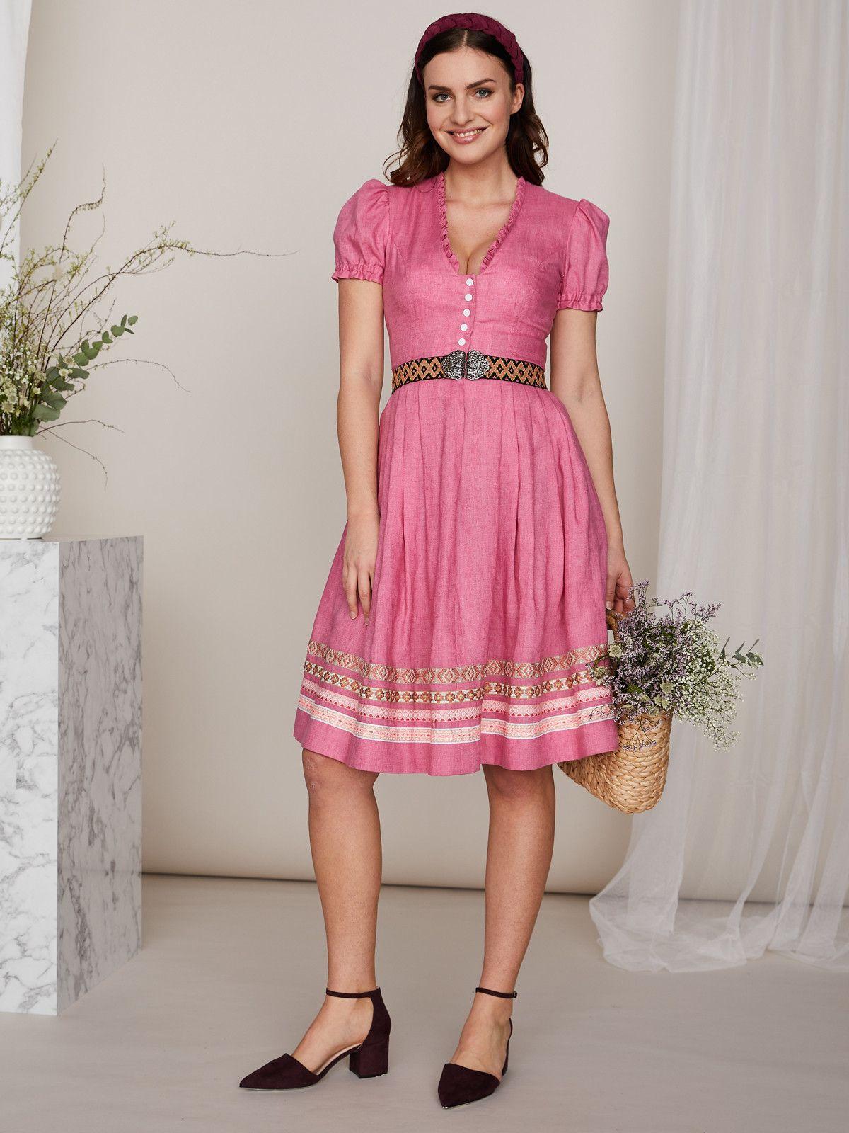 Julia Trentini Altrosa Dirndlkleid Aus Leinen Camilla Altrosa In 2020 Modestil Kleid Mit Armel Dirndl