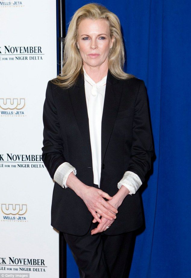 Kim Basinger talks about dealing with anxiety, her career ...