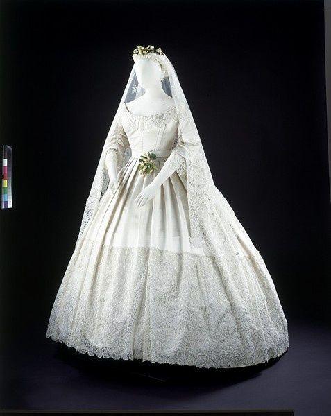 Civil War Era Weddings | Wedding Dress 1865 | Civil War Era Clothing ...