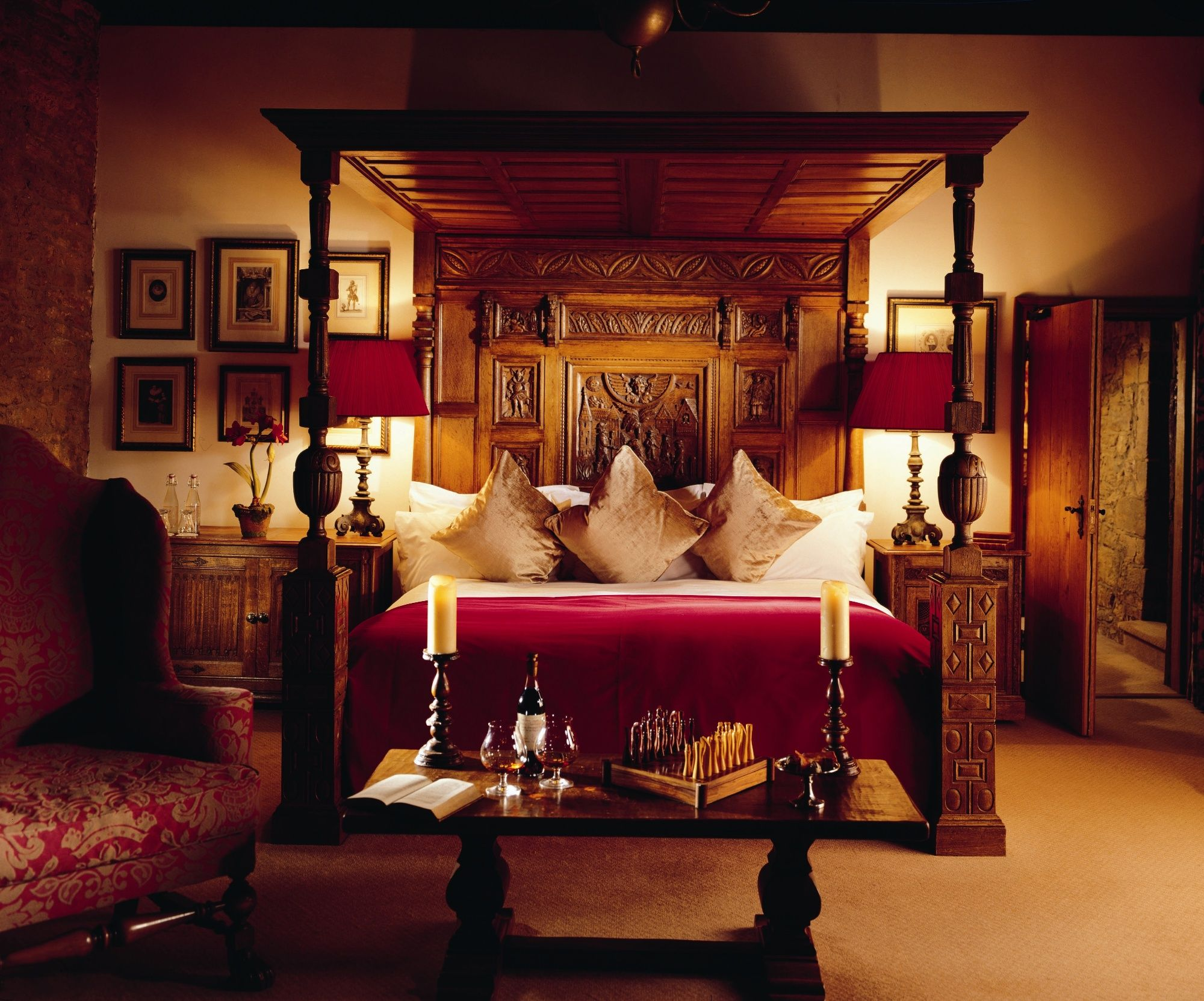 Fawsley hall hotel and spa room for romance luxury hotel romantic weekend break