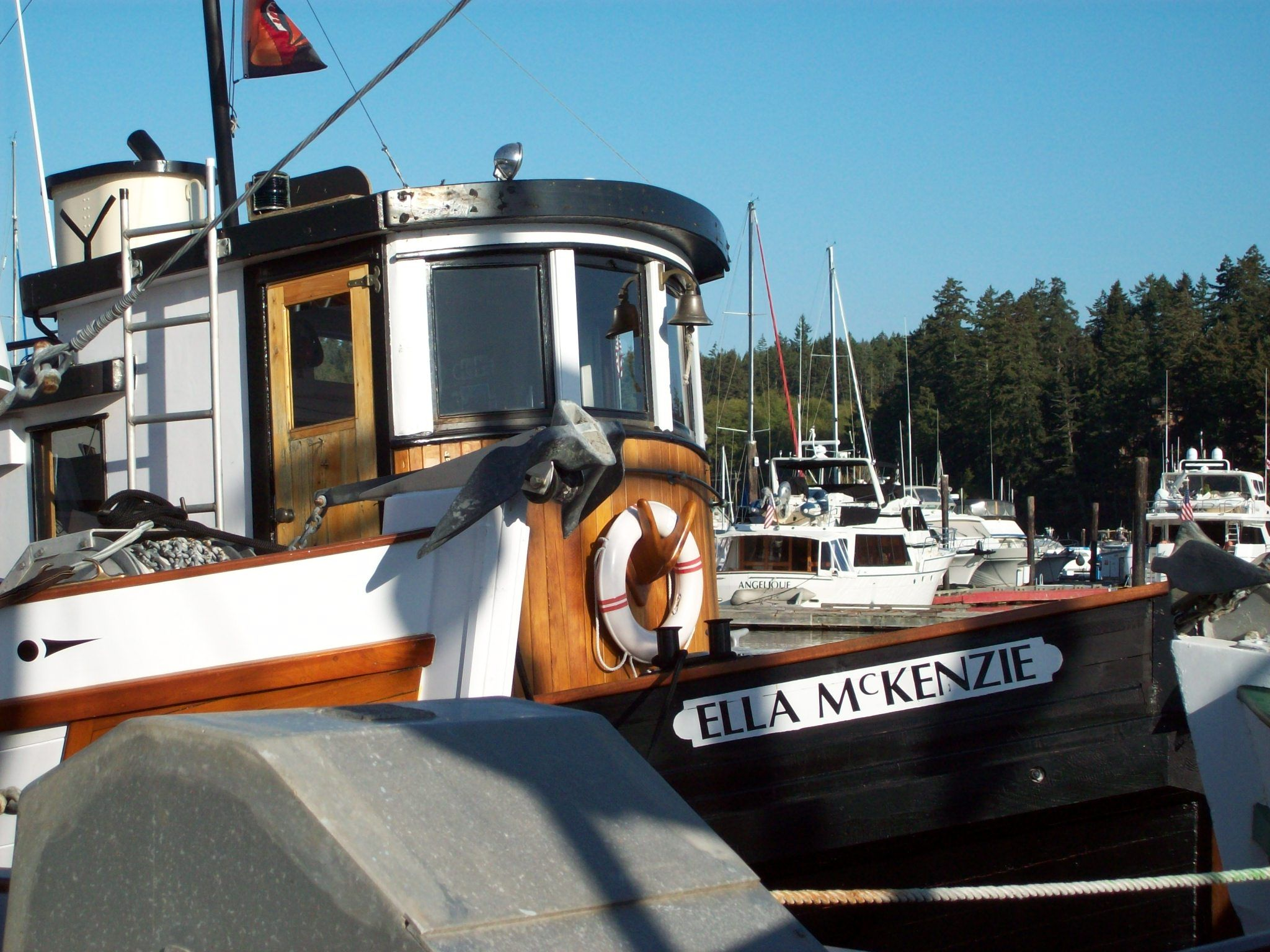 Converted Tug | Retired Workboats, Conversions to Pleasure Boats in