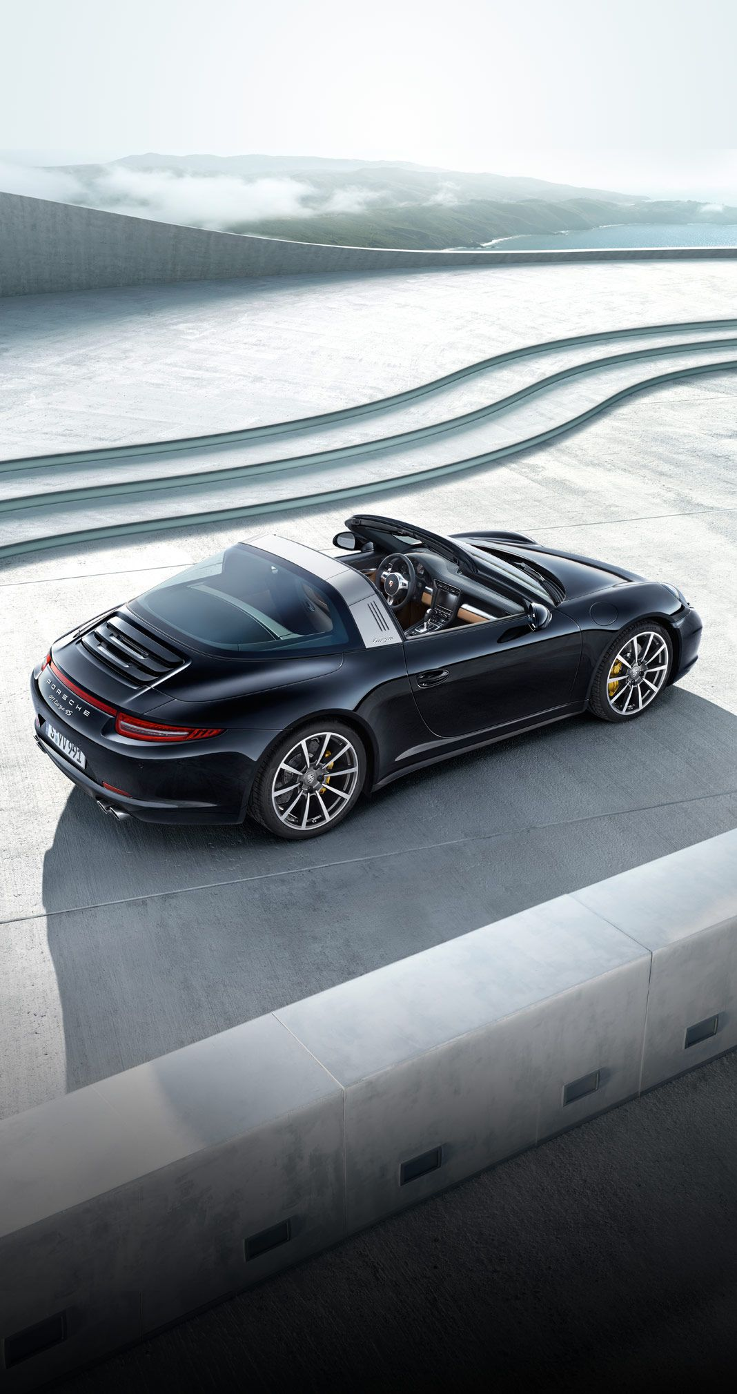 The New Roof System Of The 911targa 4 Models Is Based On A Complex And Extremely Robust Technical Solution That Allows The Roof To Be Opened Bil Fordon Bilar