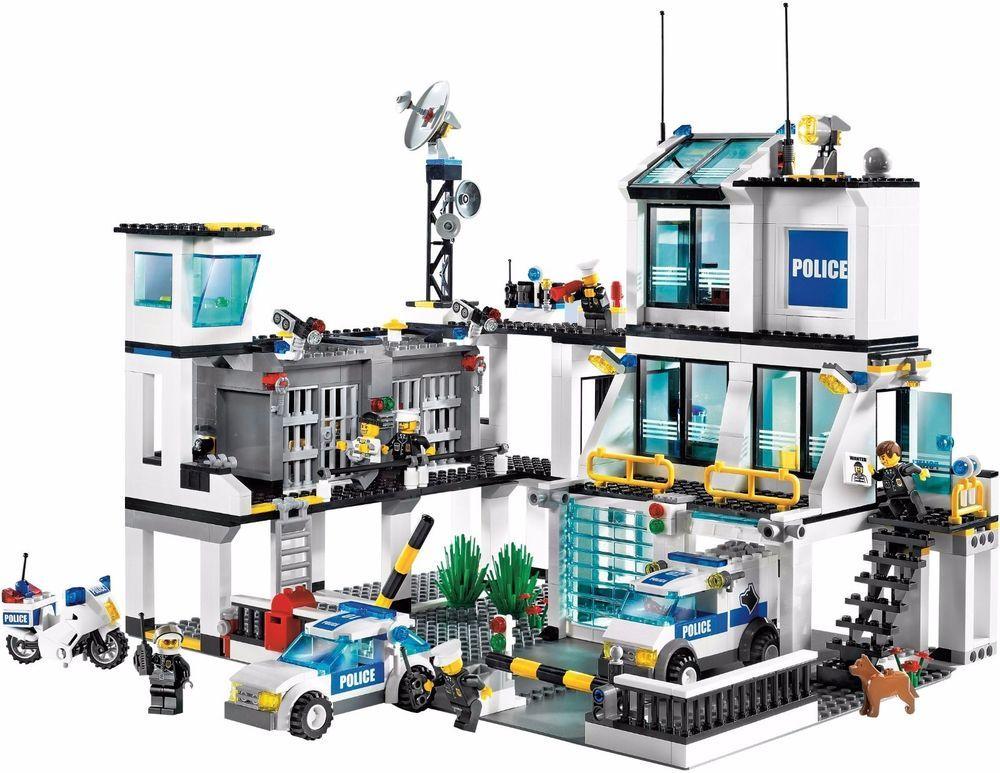Nib Lego City Police Headquarters 7744 953 Pcs Retired Lego City Sets Lego City Police Lego City