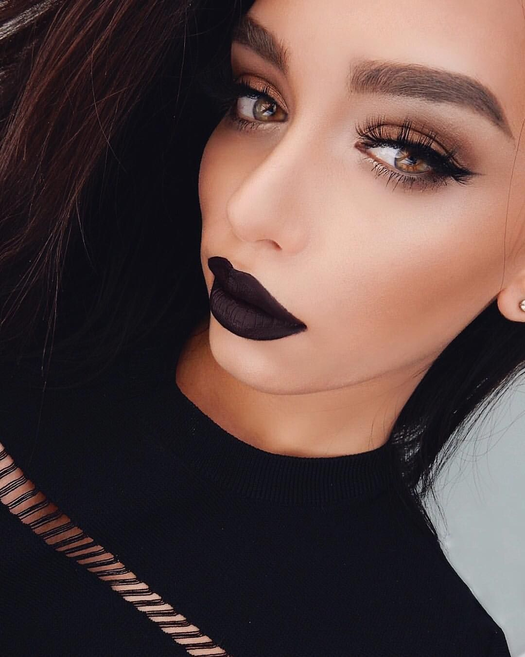 "JANICE JOOSTEMA on Instagram: ""Noir ◼️ Meeeeeowwwww @anastasiabeverlyhills 'Midnight' Liquid Lipstick #anastasiabeverlyhills"""