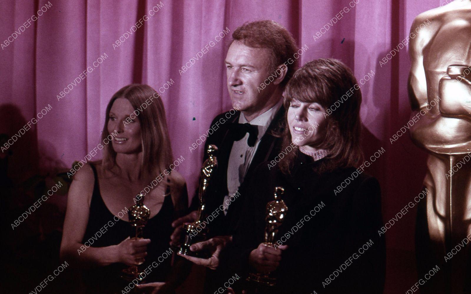 Cloris Leachman Gene Hackman Jane Fonda on stage Academy Awards 35m-4232