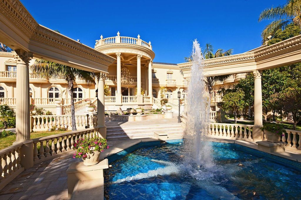 Luxury Home Features luxury mansions interior | the exterior of the mansion features 2