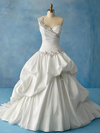 If I Ever Considered A Ballgown Alfred Angelo Disney Bridal Princess Tiana Wedding Dress Not My Favorite Of The Collection But Still Beautiful