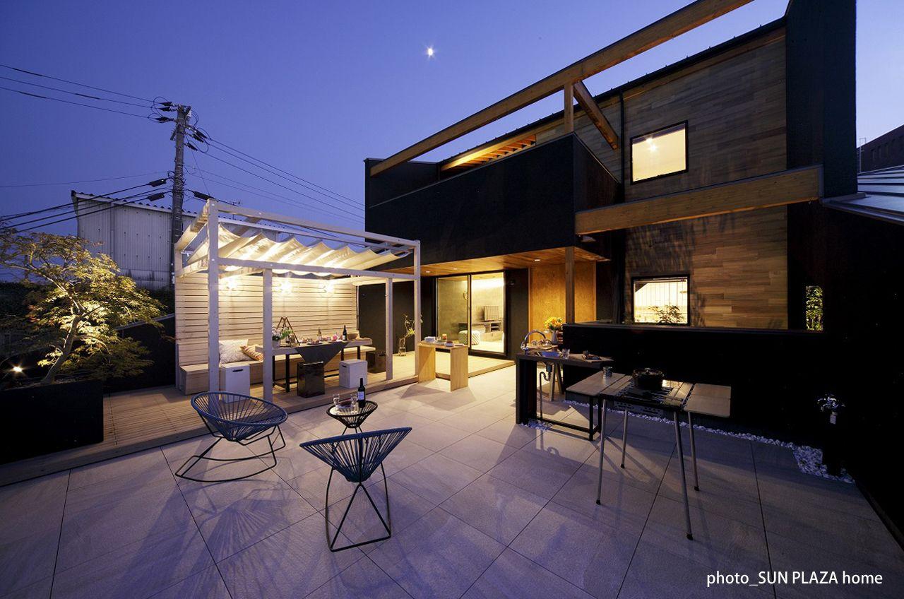 自宅屋上で楽しむ贅沢時間 日本初のグランピングテラスを自宅に アウトドアライフ ハウスデザイン 模様替え
