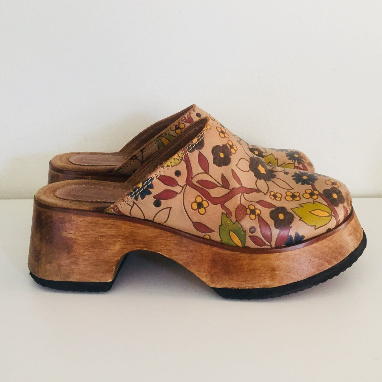 7477ec9556f Vintage Chunky Wood Clogs Platform Wedge Leather Made in Brazil Size 8 38  39 Super cute 90s chunky platform wood clogs with a floral painted leather  upper ...