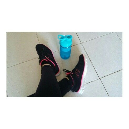 My new fitness shoes and water bottle #maxed