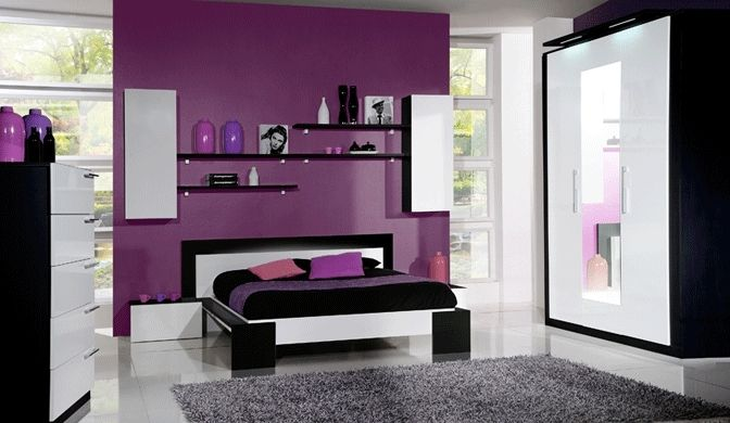 Chambre violet maison id es int rieur pinterest bedrooms decoration and room for Chambre a coucher gris et noir