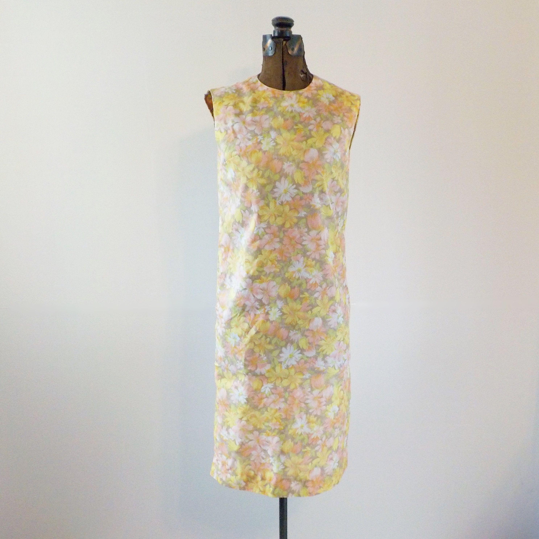 Vintage Spring Summer Shift Dress Floral Shift 1960s 70s Sleeveless Peach Yellow Shift Dress Summer Shift Dress Dresses [ 2974 x 2974 Pixel ]