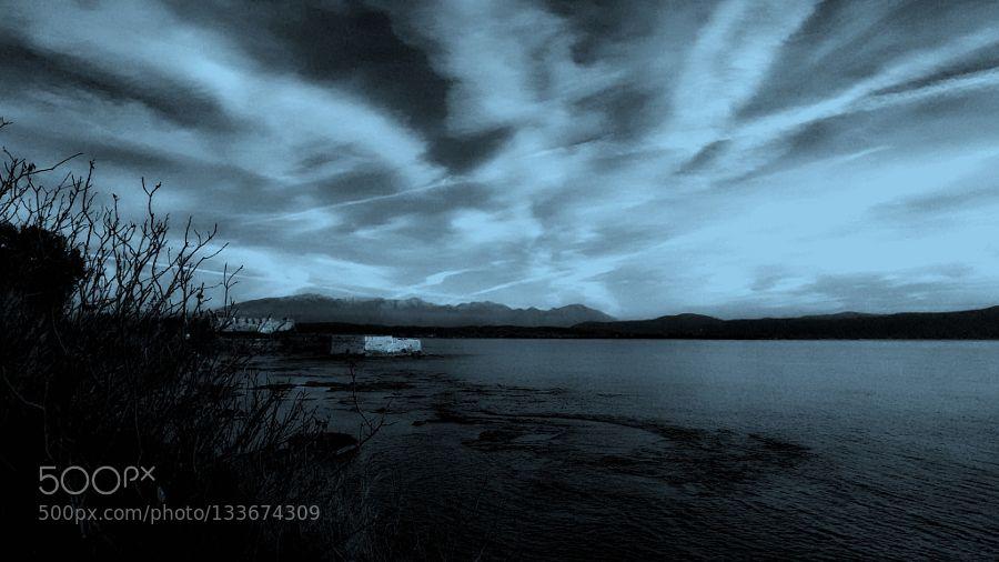 Mörka skuggor (Dark shadows) by vivian-vrachlioti