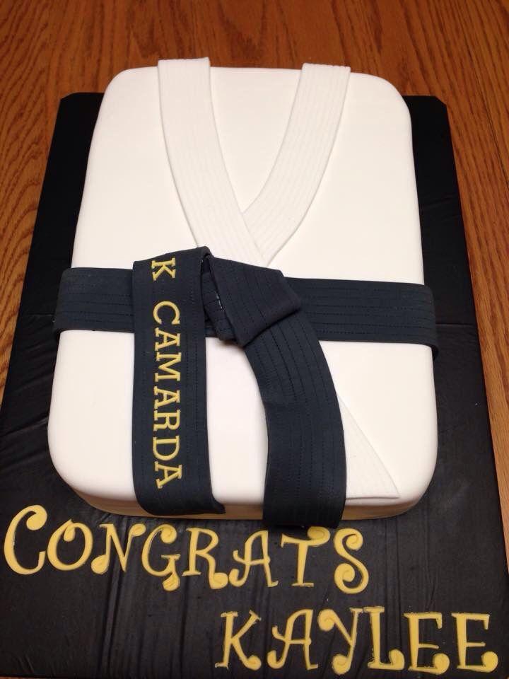 Black Belt Taekwondo Karate Cake With Images Karate Cake