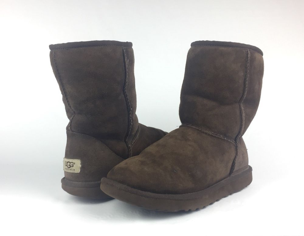 3472bd4e396 UGG Australia 5825 Womens Classic Short Brown Leather Boots Size 8 ...