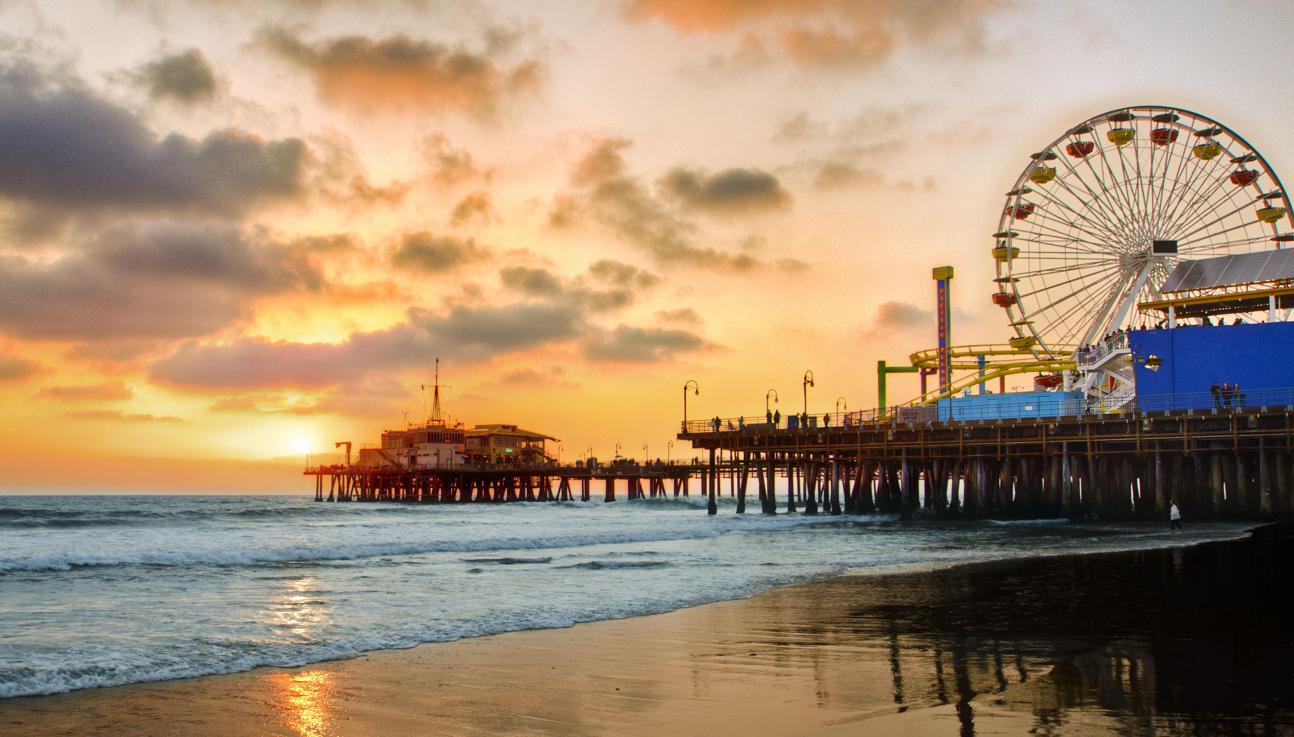 Santa Monica, California, pier