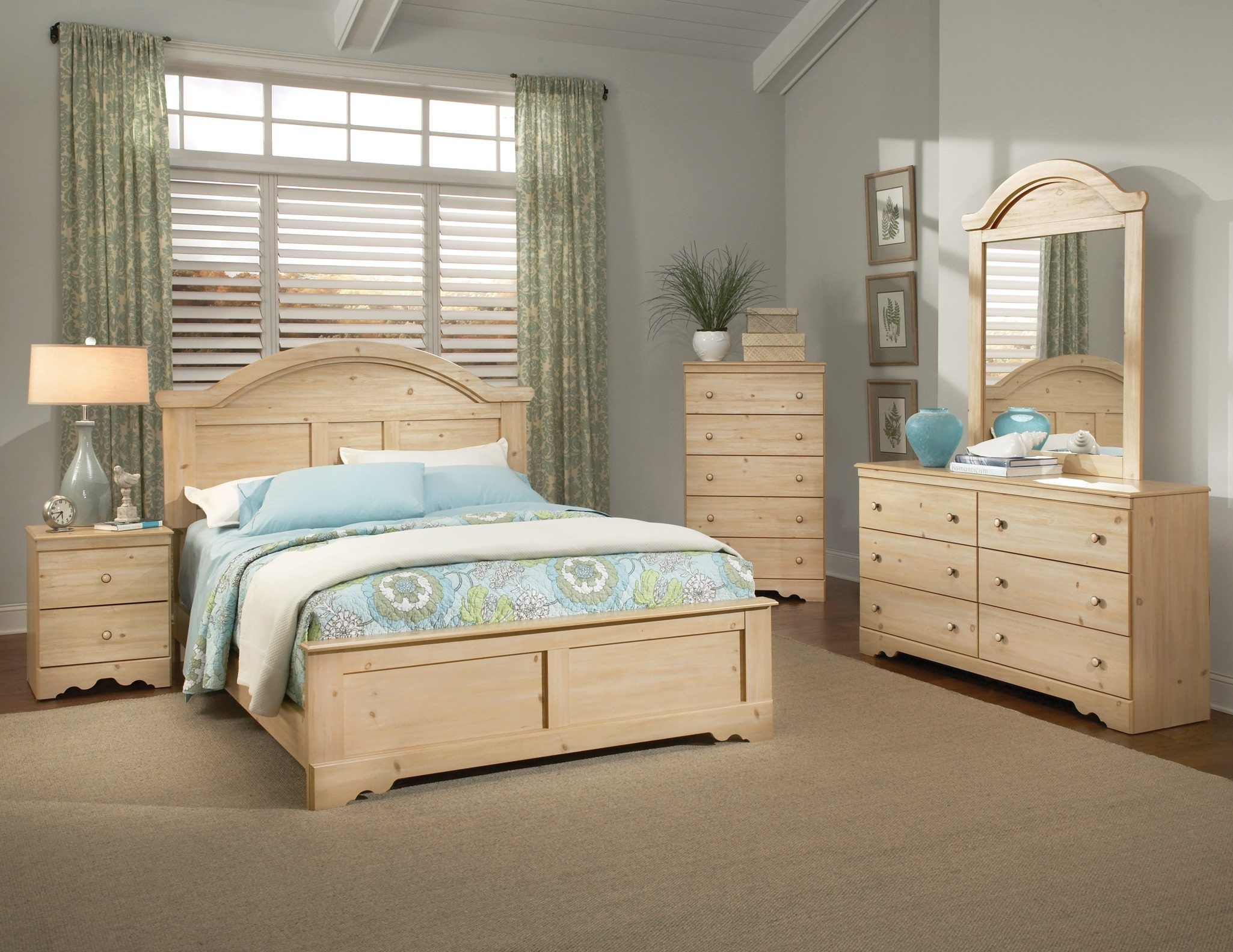 Solid Pine Bedroom Furniture With Grey Paint Bedroom Wall And Green Curtain Also Cream Bedroom Furniture Wood Bedroom Furniture Sets Oak Bedroom Furniture Sets