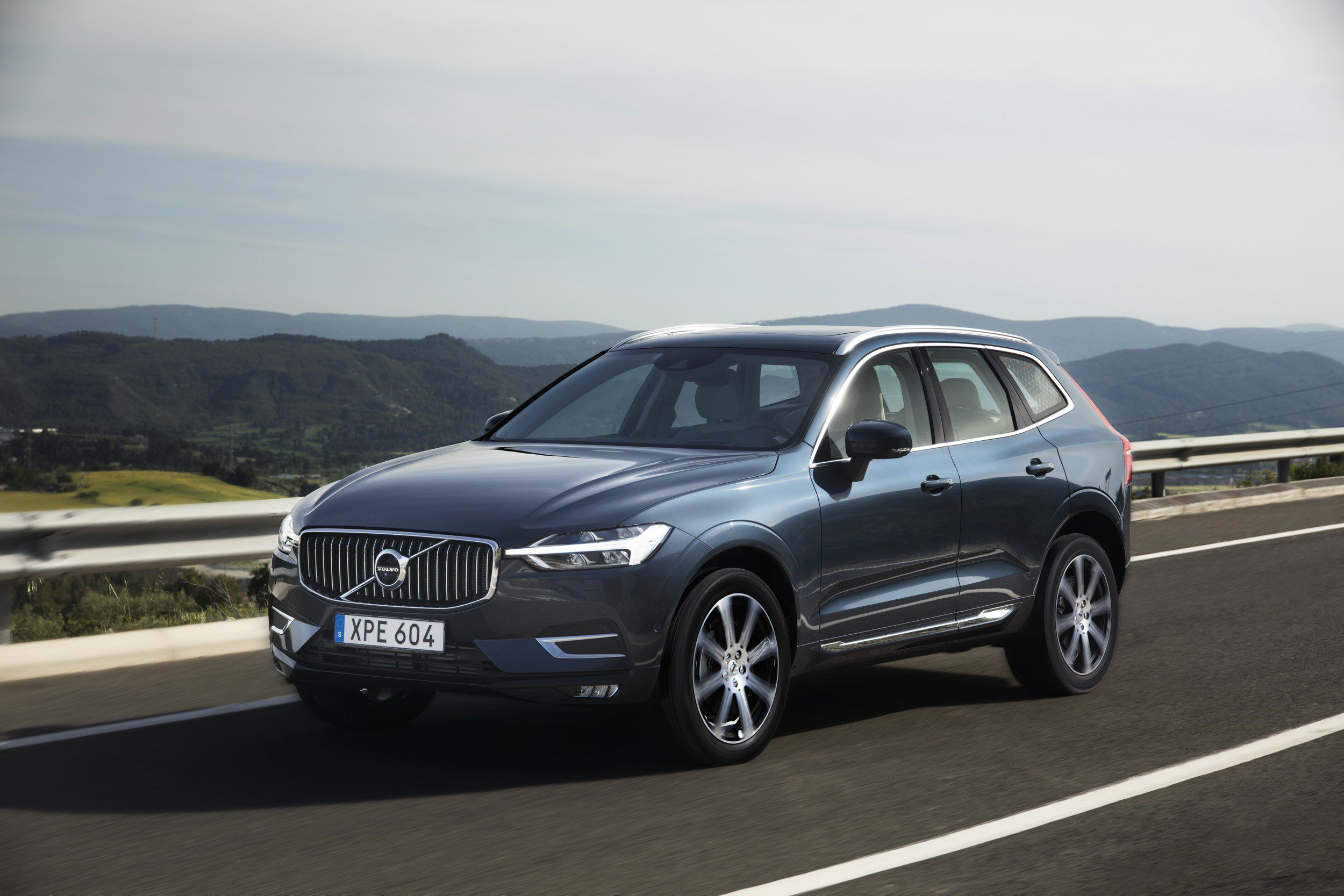 Volvo Xc60 The New Volvo Xc60 One Of The Safest Cars Ever Made Is Fully Loaded With New Technology Steer Assist Has Been A Volvo Xc60 Volvo Suv