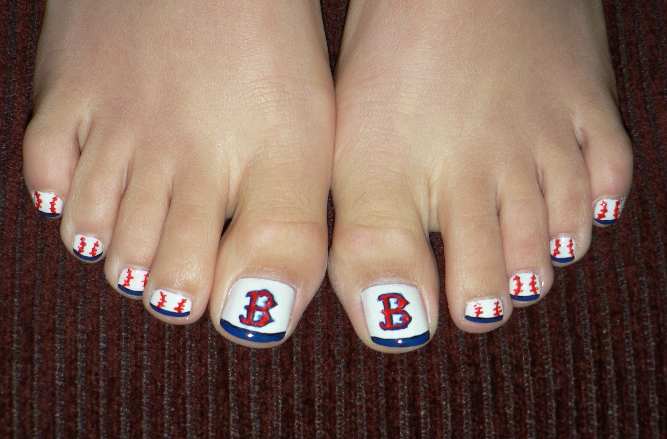 boston red sox toes fancy nails