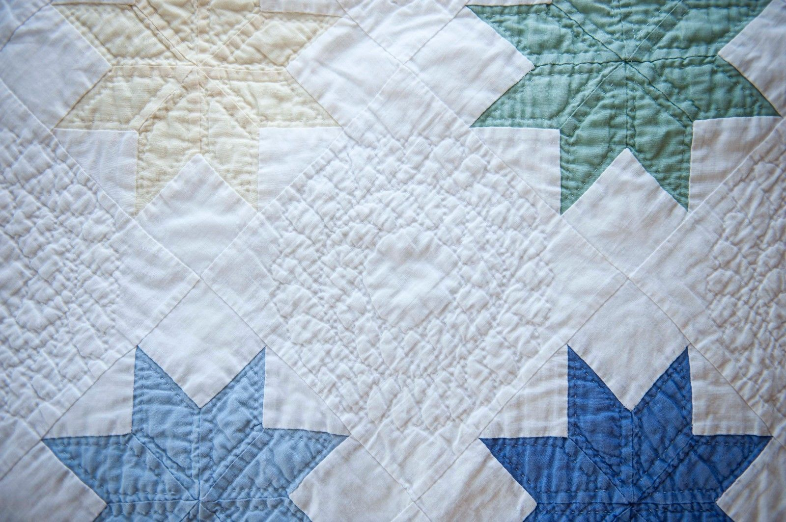 Handmade Star Quilt with Feathered Wreaths Hand Pieced Hand Quilted | eBay