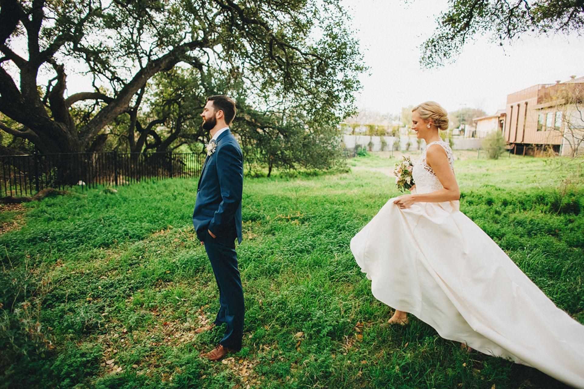 Soft, Natural Romance in Austin | Austin, TX