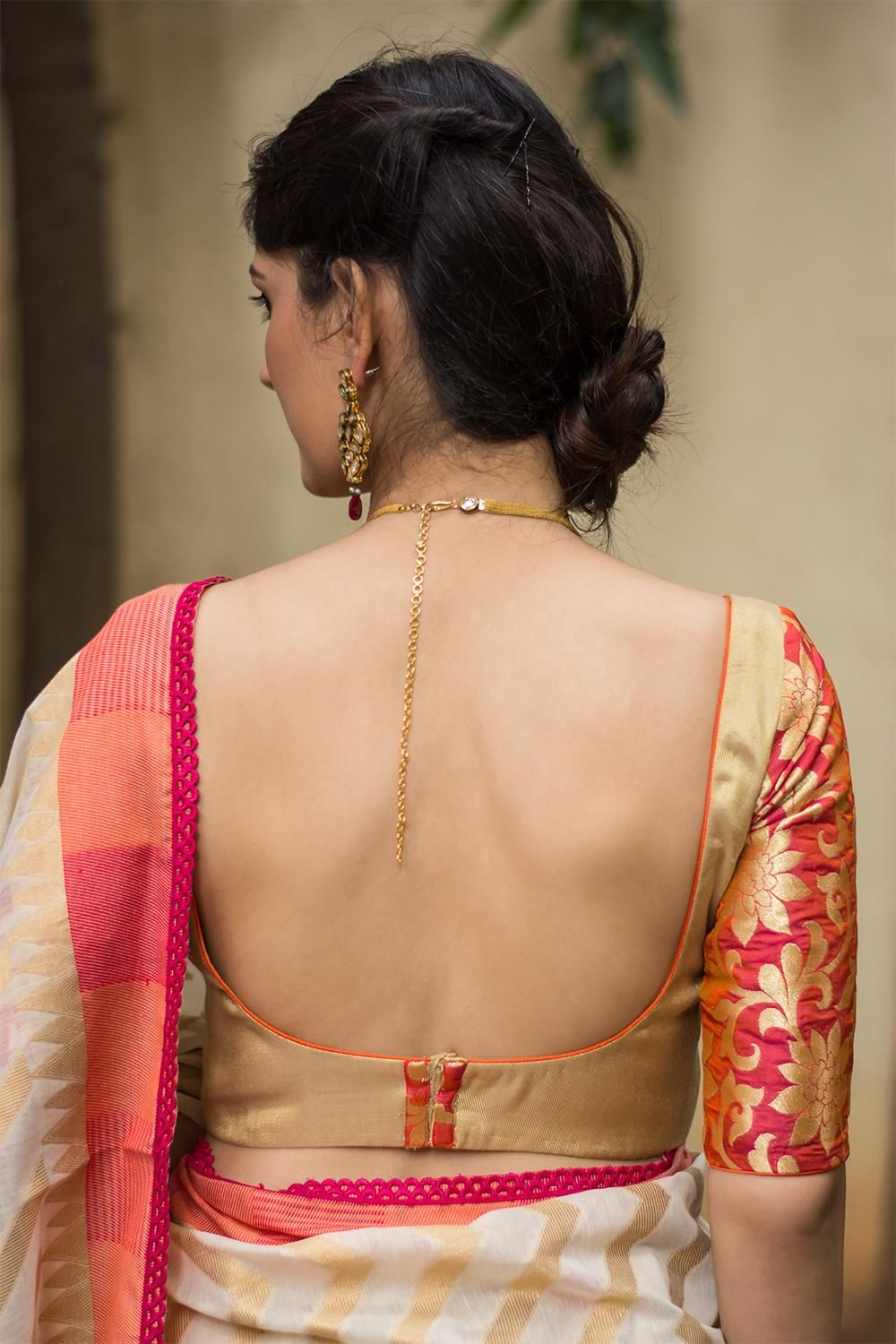 Pin By Ramona John On Saree Backless Blouse Designs Stylish Blouse Design Trendy Blouse Designs
